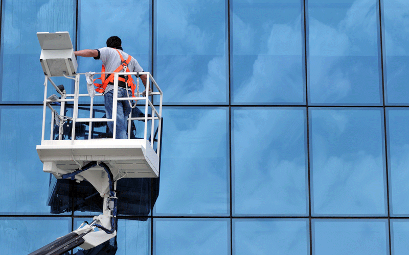 AZKO-SERVICES-CLEANING-GLASSES-BUILDINGS